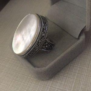 New iridescent Artisan MOP Ring